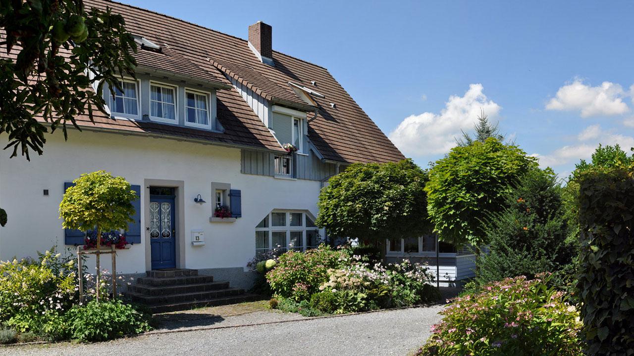 Einfahrt Landhaus Grafenholz